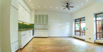 bezugsfrei: TOP moderne 2,5 Zi.-ETW mit kl. Terrasse über 2 Etagen mit TG, 82380 Peißenberg, Terrassenwohnung